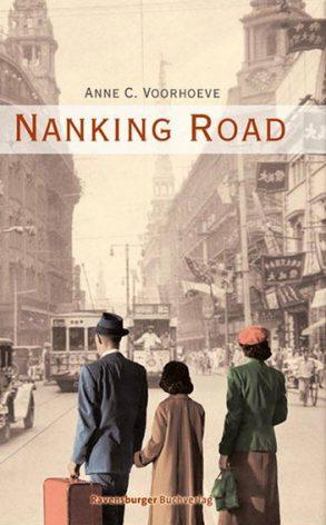 Cover: Anne C. Voorhoeve; Nanking Road